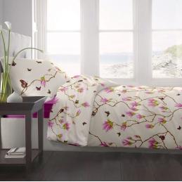Lenjerie pat Renforce desen Magnolia Butterfly-v.1 Fuchsia-Red